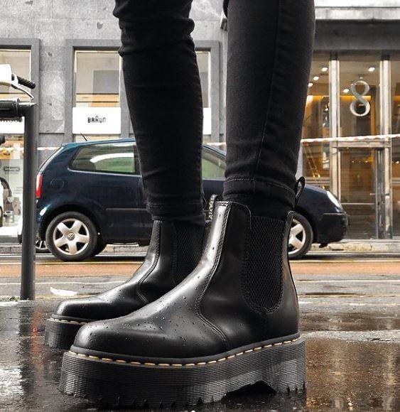 come vestirsi in caso di pioggia forte 5