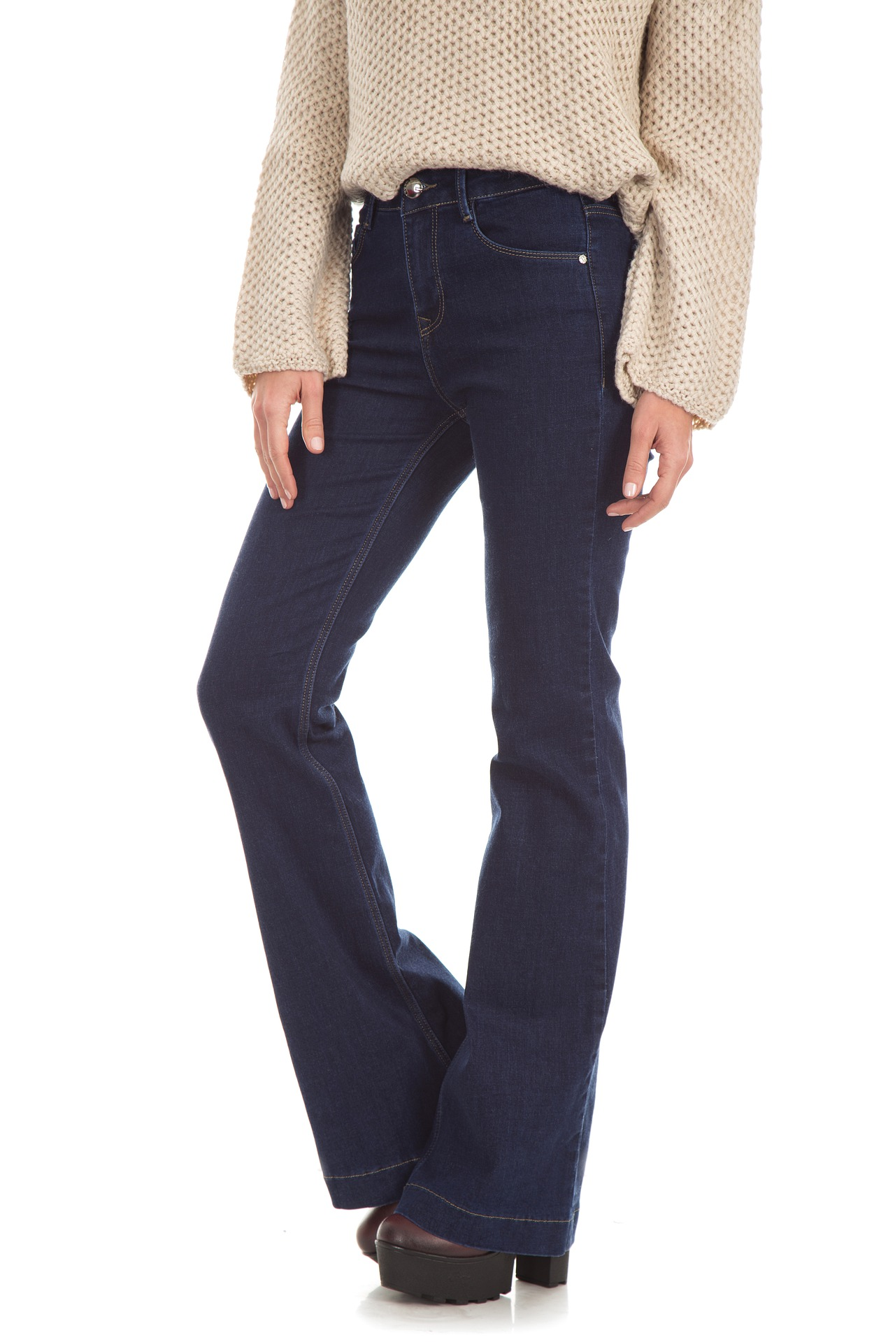 outfit jeans e tacchi come indossare