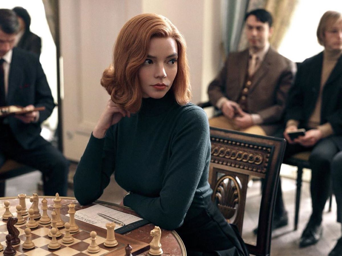 la regina degli scacchi look
