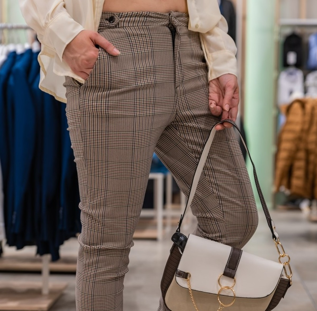 pantaloni vita bassa