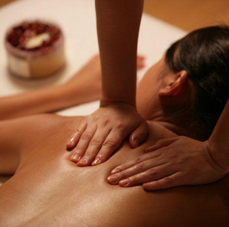 massaggio lomi lomi cosa e