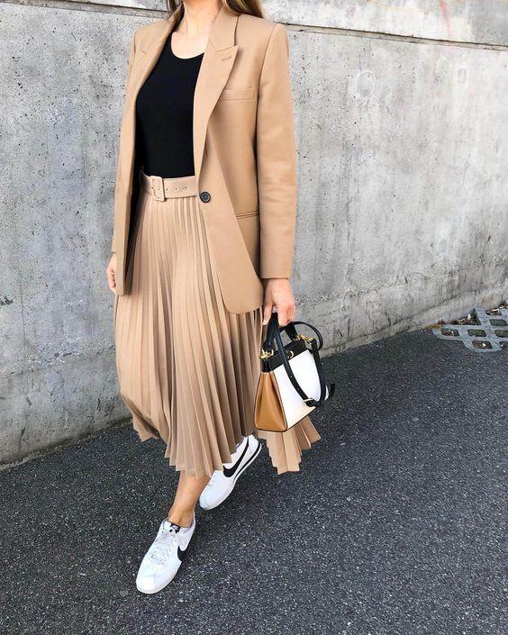 come vestirsi per far sembrare le gambe più lunghe
