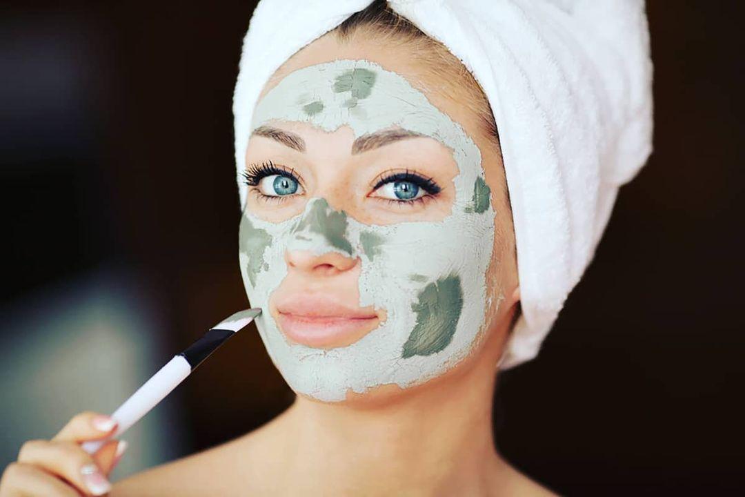 maschera viso skincare invernale