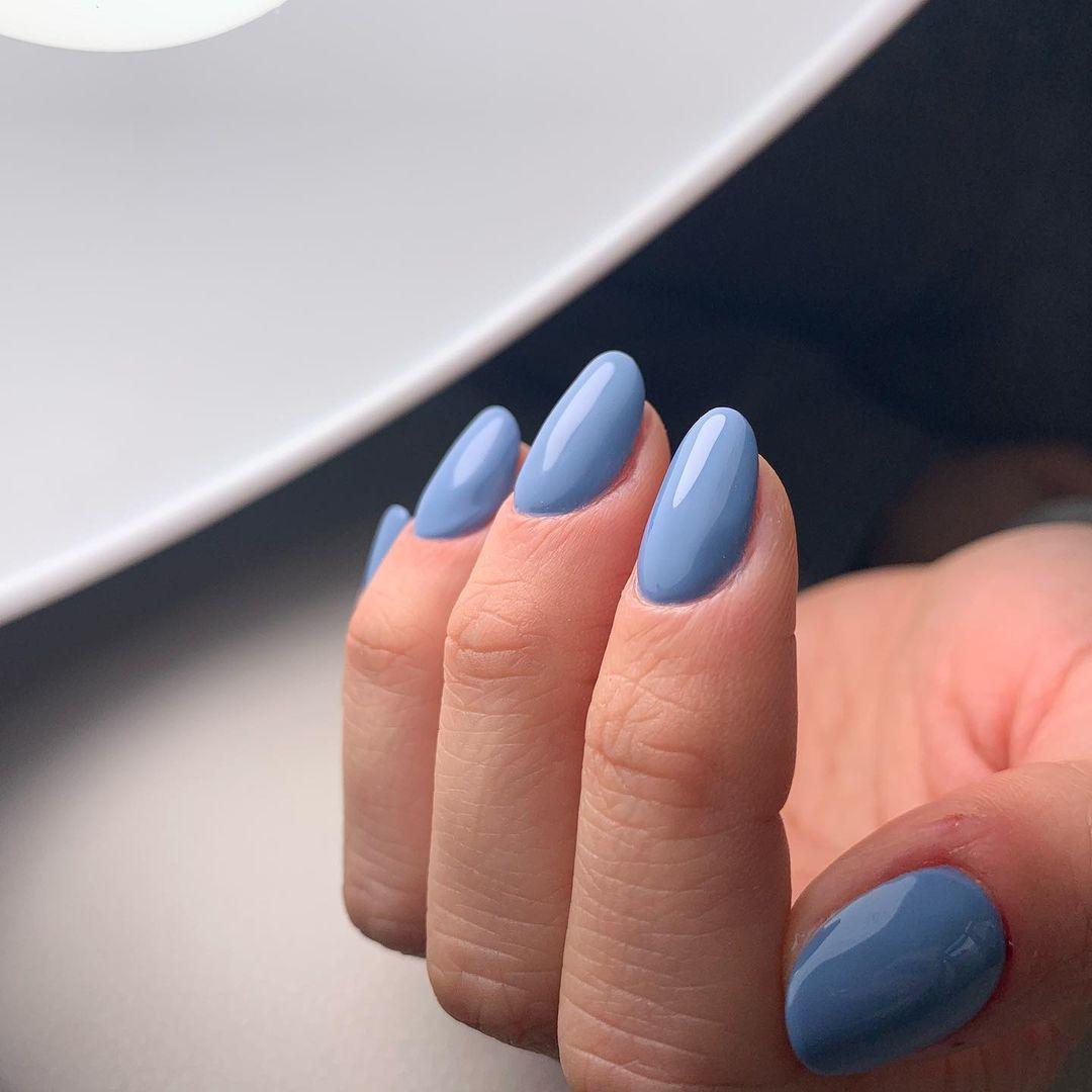 unghie corte colori e finish