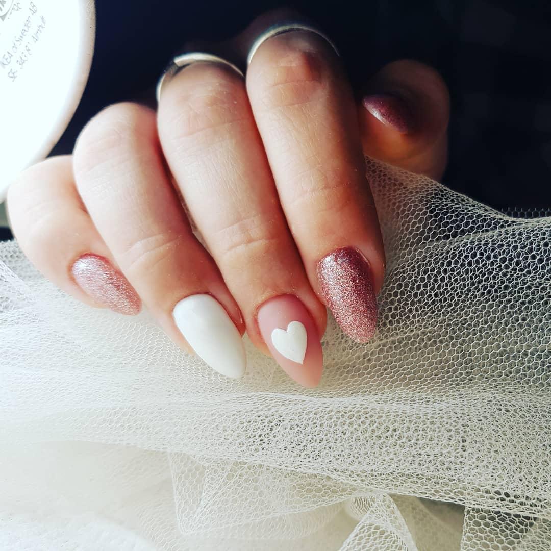 unghie semplici san valentino