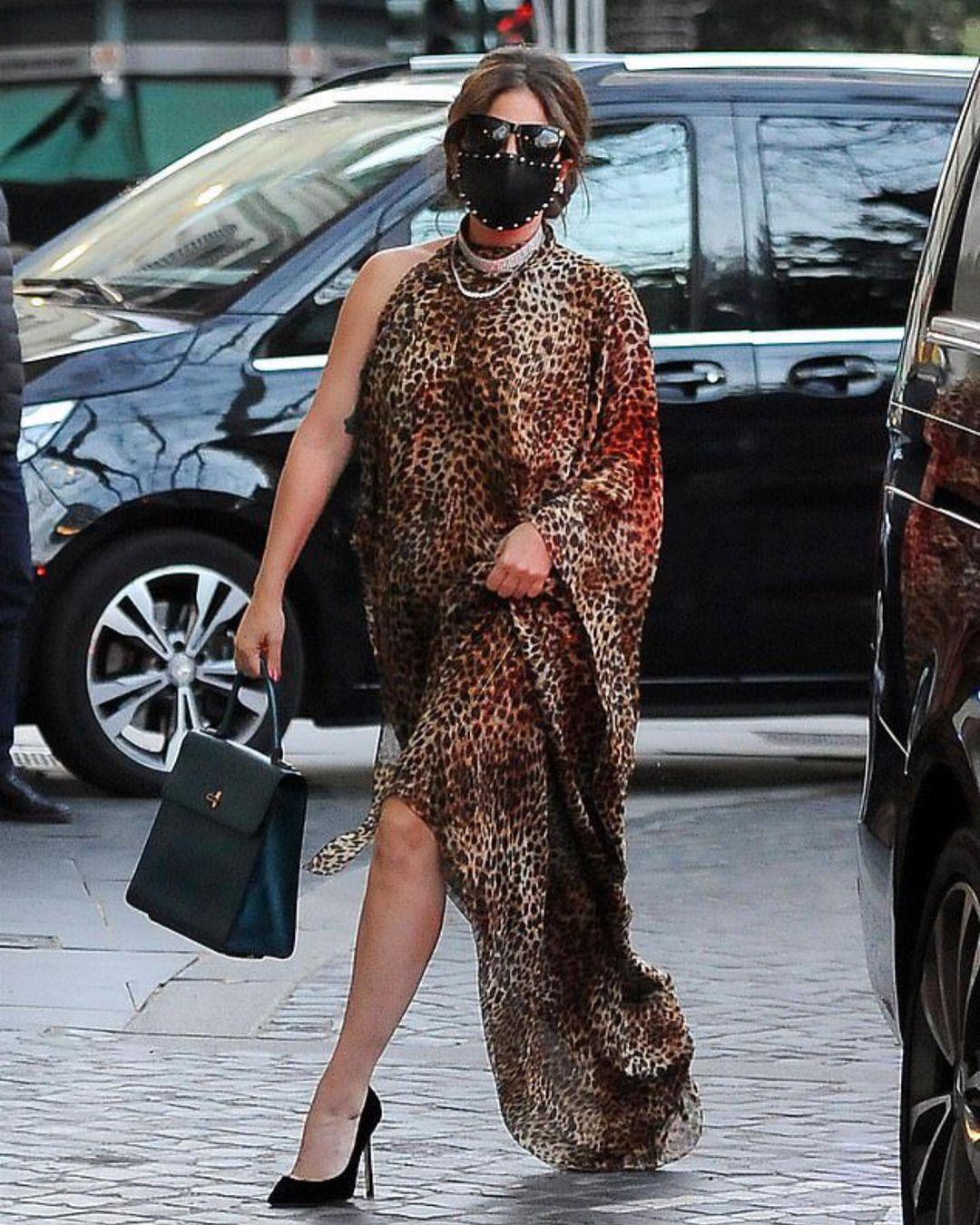 lady gaga look leopardato