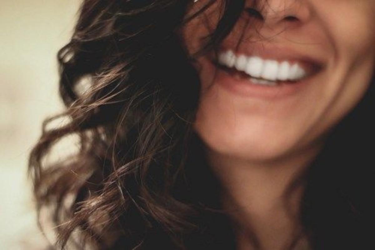 polvere sbiancante denti