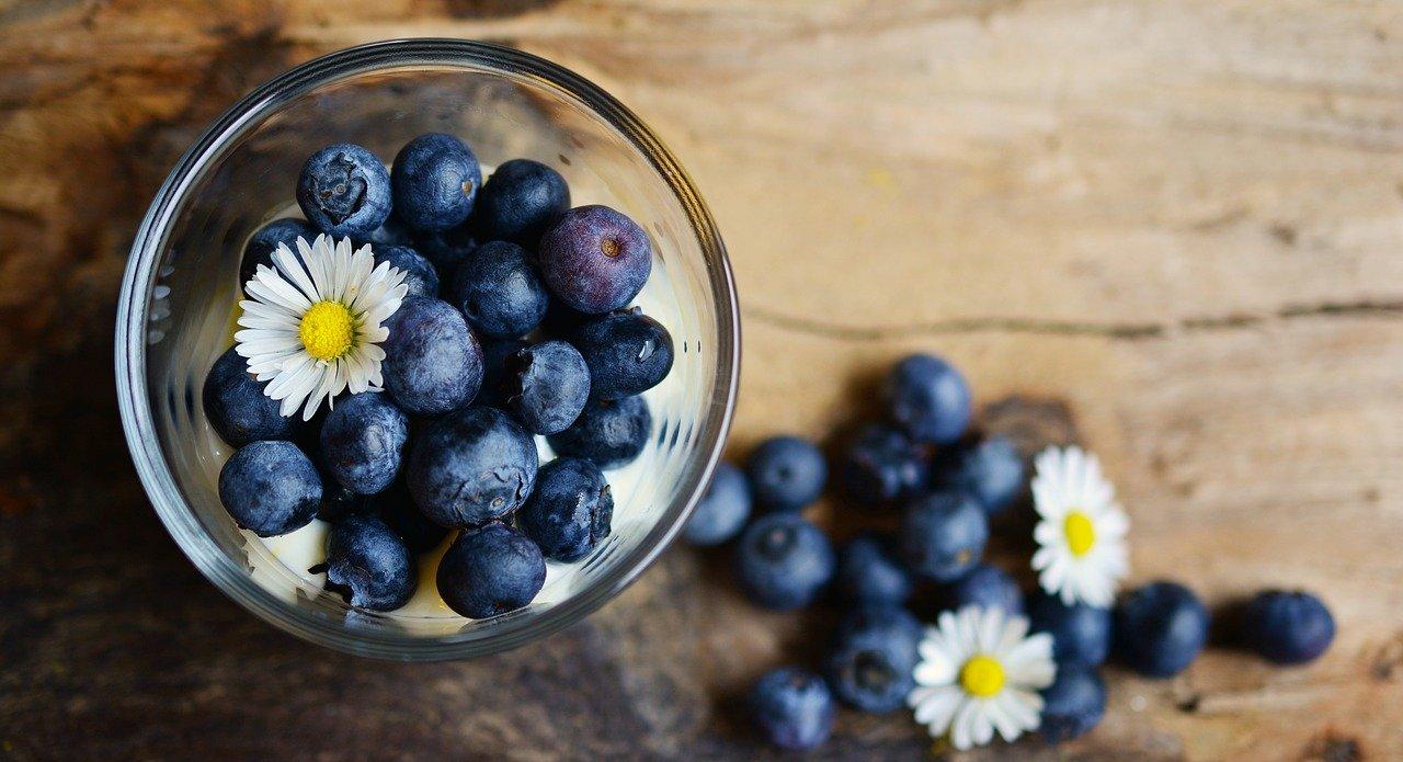 benefici del mirtillo sulla pelle