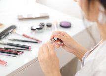 dove buttare cosmetici scaduti