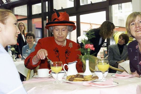 come cenare con la regina elisabetta