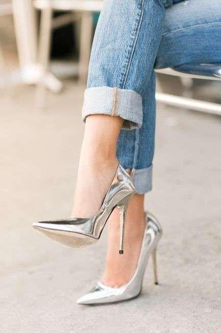 scarpe con il tacco crisi