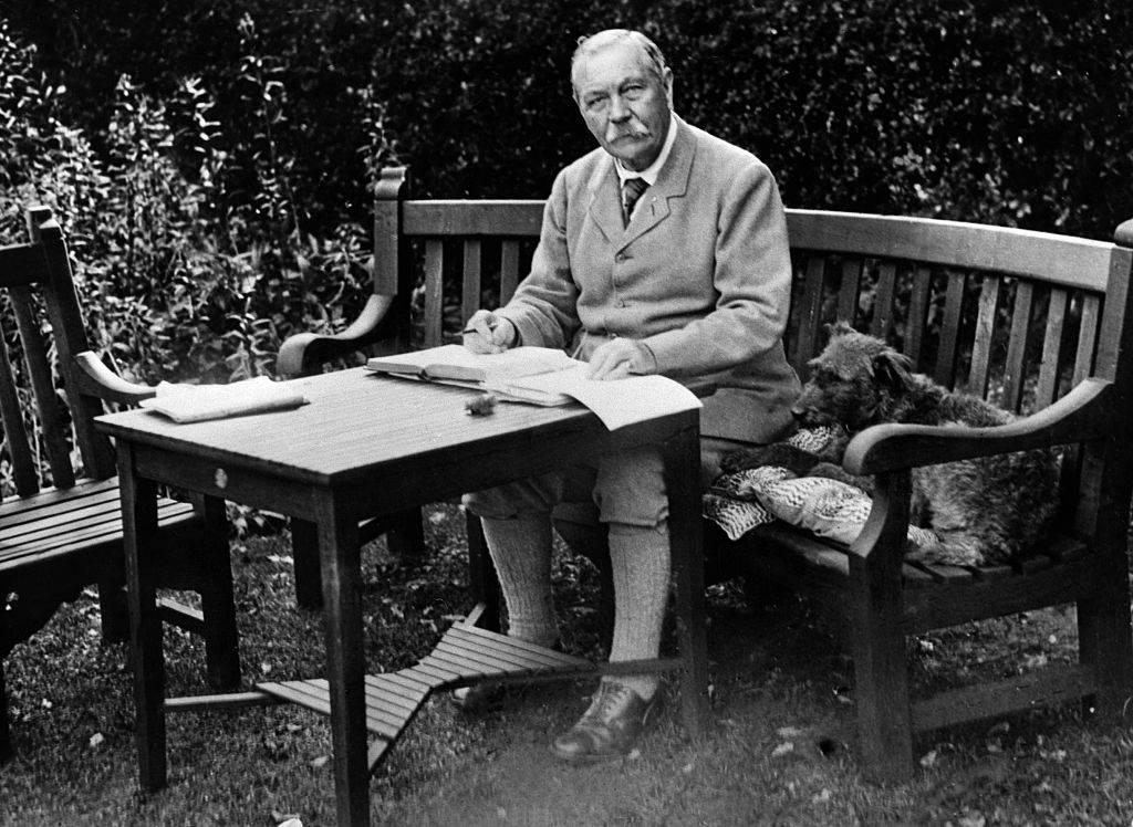 Chi era Arthur Conan Doyle