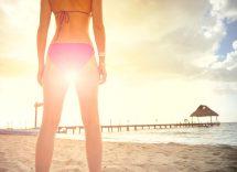 come sgonfiare le gambe in estate