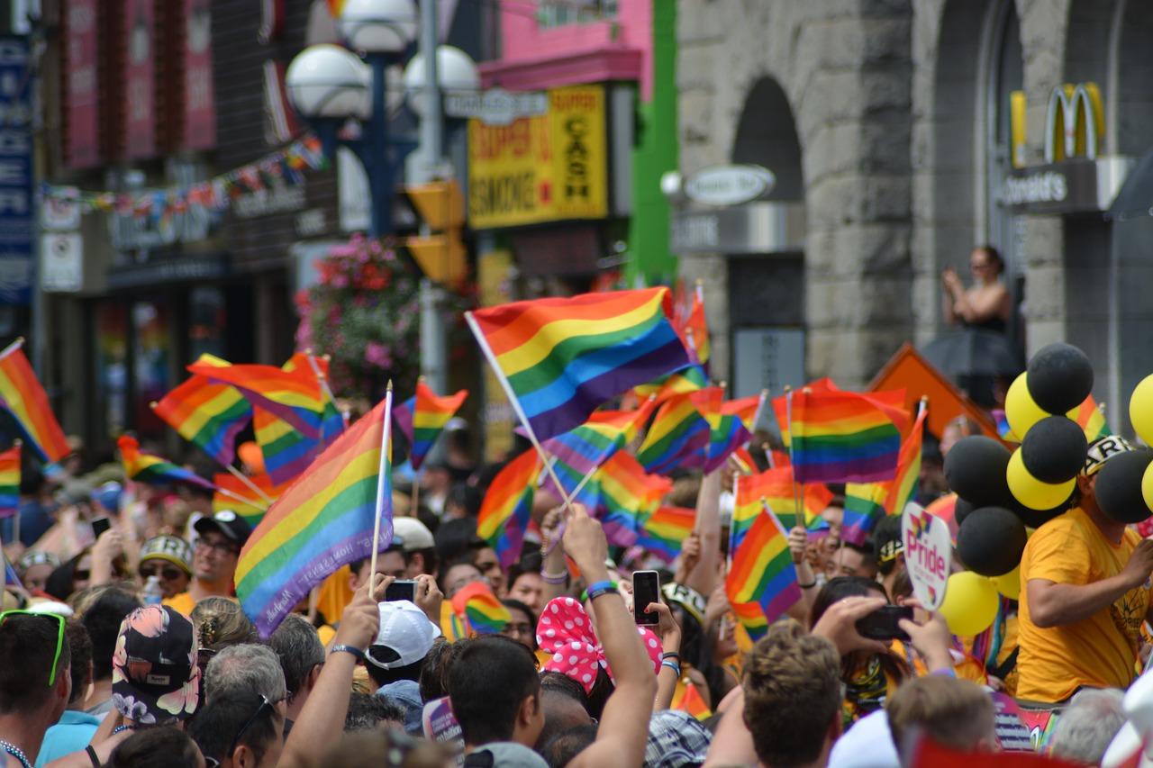 gay pride cosa e
