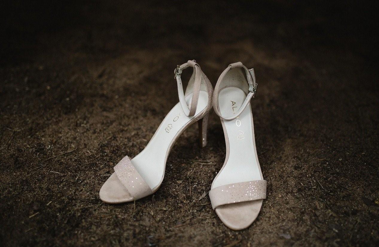 sandali estivi con tacco