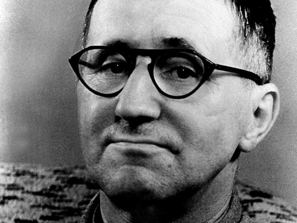 Chi era Bertolt Brecht: