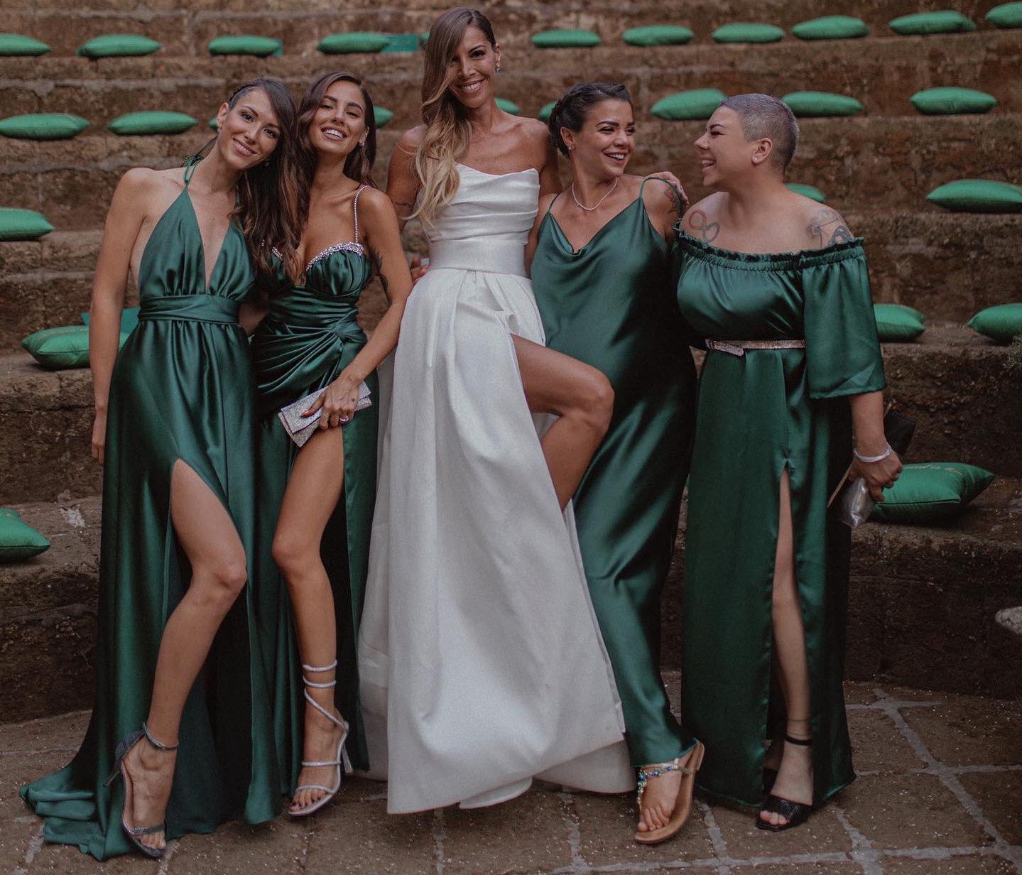 giulia de lellis vestito nozze sorella