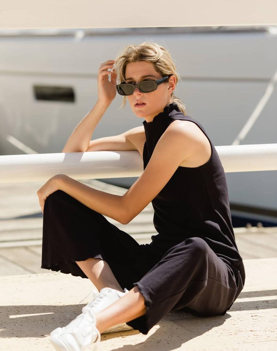 pantaloni neri eleganti
