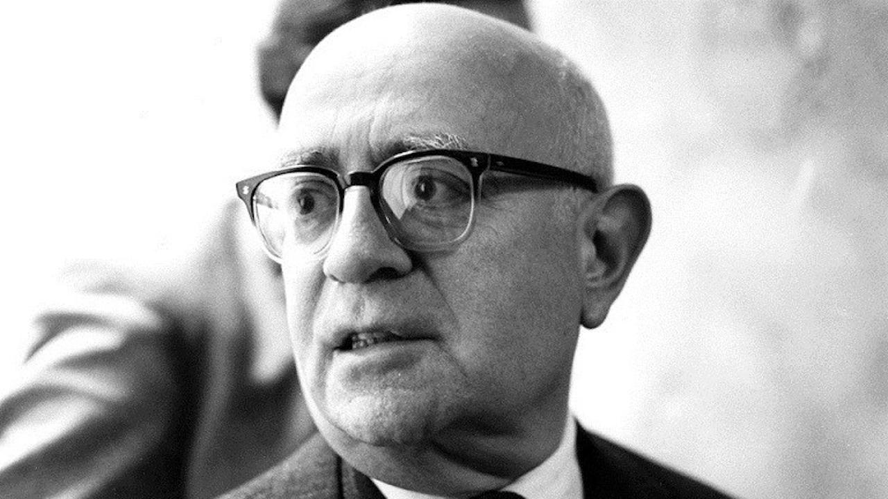 Chi era Theodor Adorno