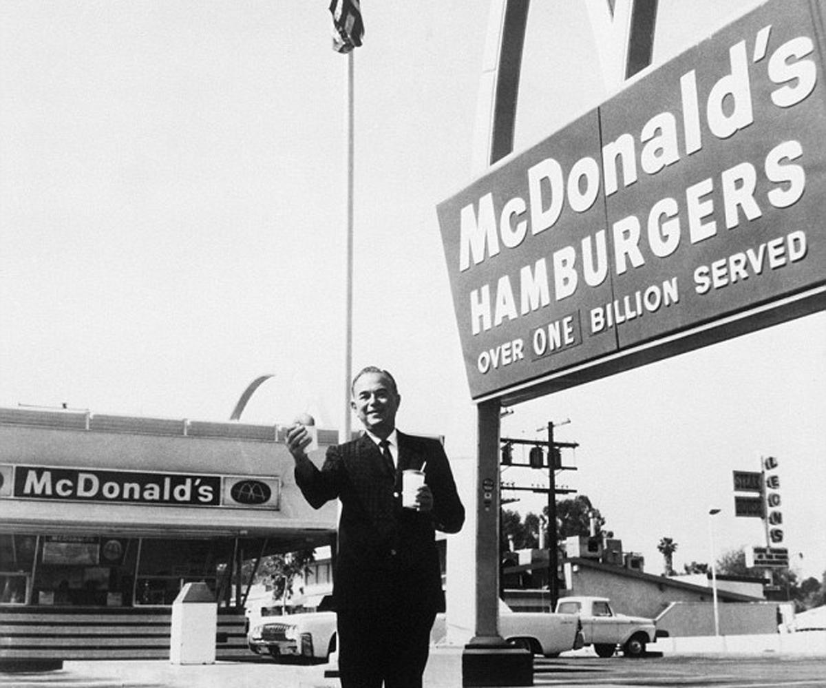 Chi era Ray Kroc