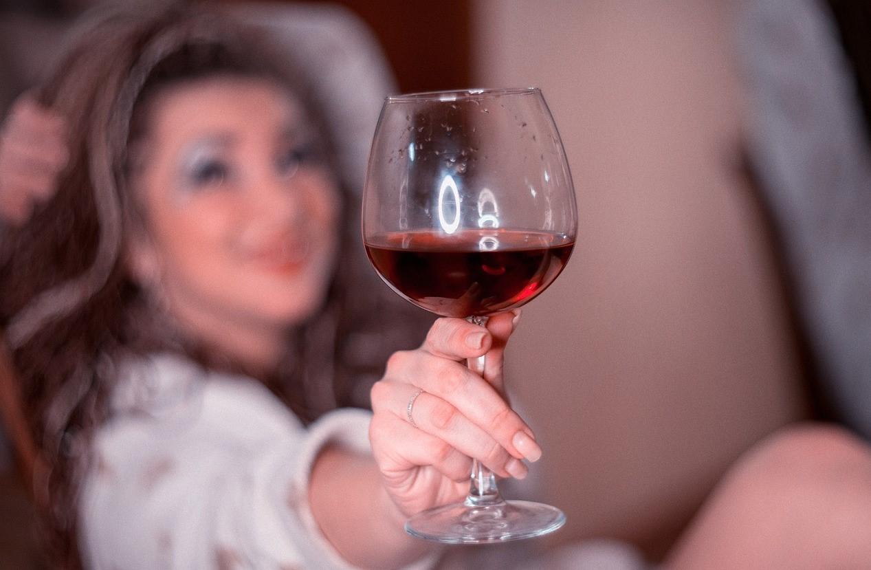 effetti vino sulla pelle