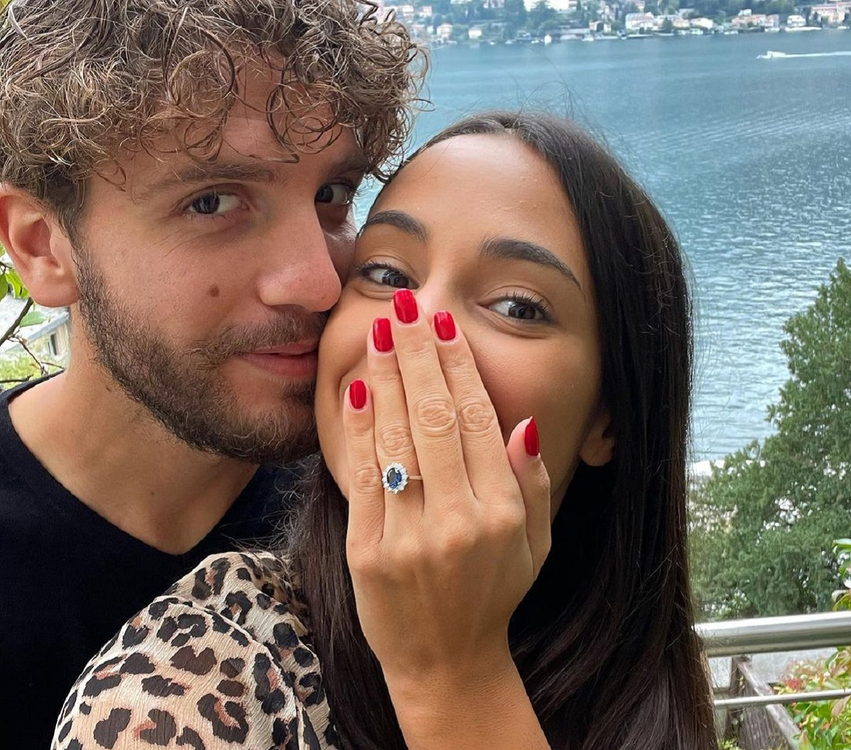 manuel locatelli costo anello fidanzata